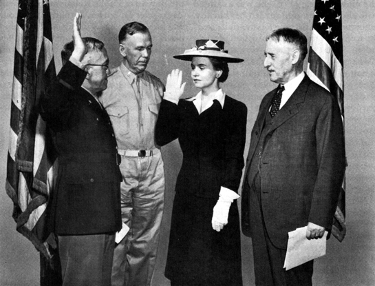 Swearing in of Oveta Culp Hobby in 1942.