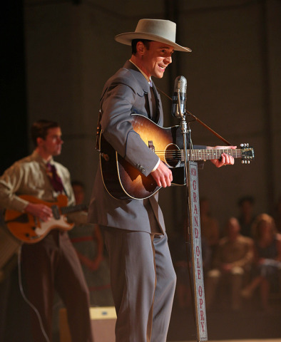 I-Saw-the-Light-Tom-Hiddleston-as-Hank-Williams-2
