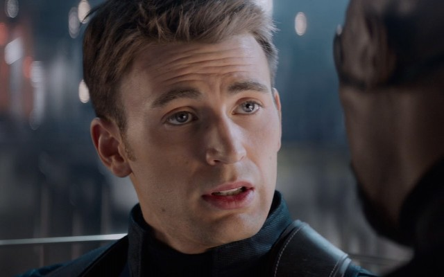 Captain-America-The-Winter-Soldier-Photo-Chris-Evans-Argues-With-Nick-Fury
