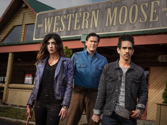 635811321631852287--as-Kelly-Bruce-Campbell-as-Ash-Ray-Santiago-as-Pablo---Episode-106