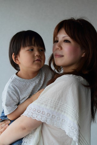 japanese mother and child