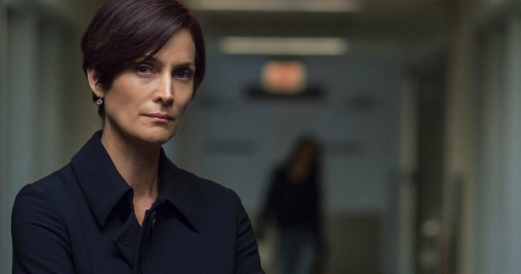 "Carrie Anne Moss as Jeri Hogarth on Netflix's ""Jessica Jones"""