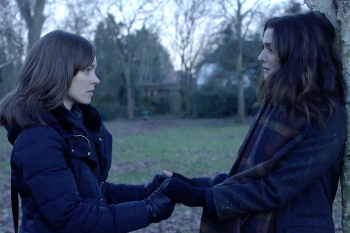 Rachel McAdams and Rachel Weisz in 'Disobedience'