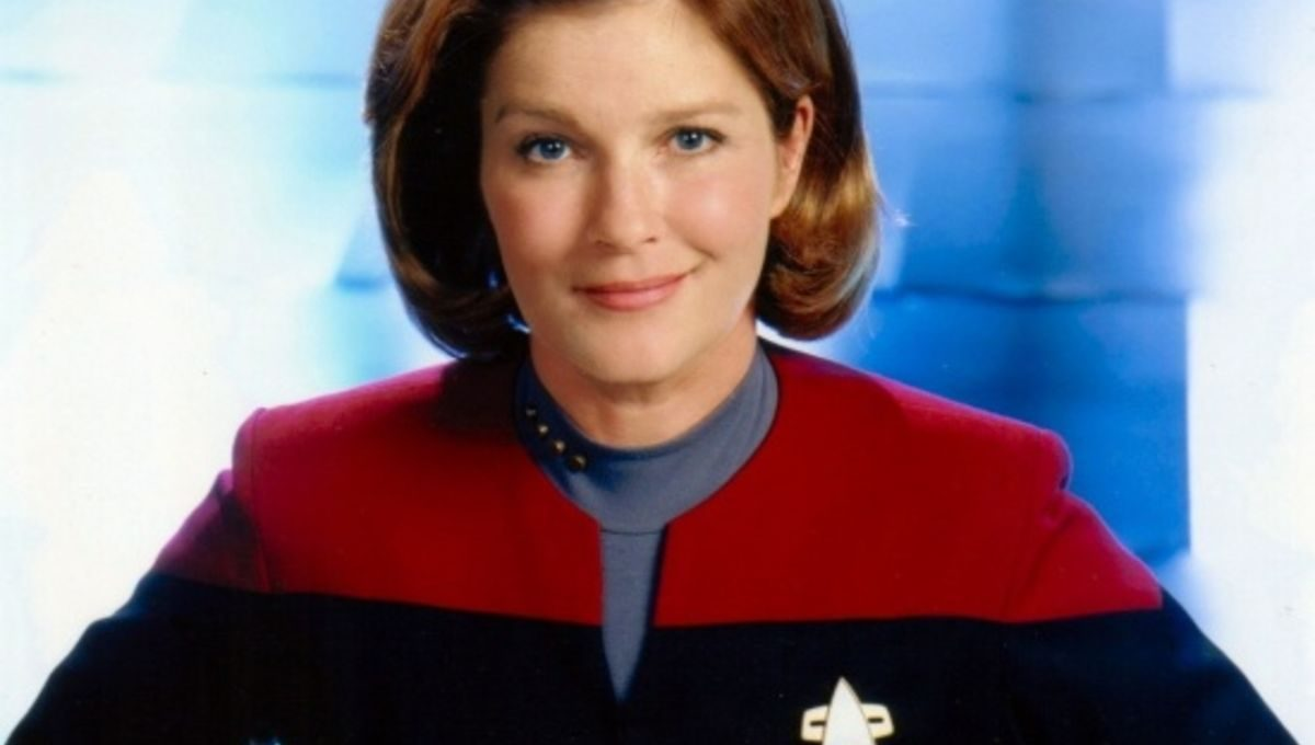 Kate Mulgrew plays the incomparable Captain Janeway on Star Trek: Voyager.