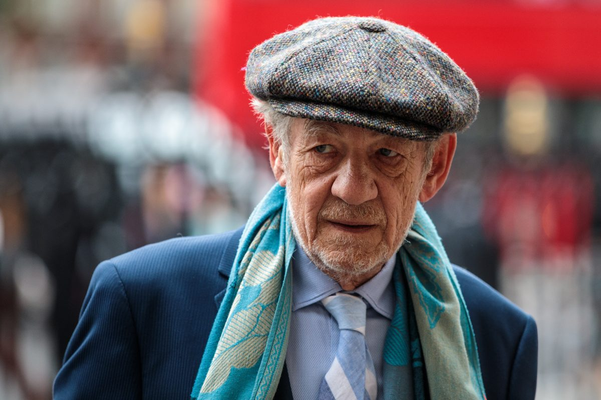 Ian McKellen apologizes for awkward comments around Bryan Singer and Kevin Spacey.