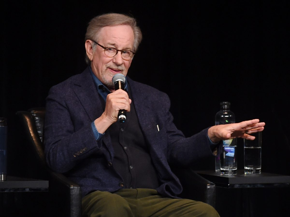 Steven Spielberg doesn't think streaming service films should qualify for the academy awards.