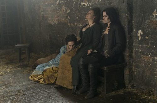 """HARLOTS -- """"Episode 7"""" -- Episode 207 - The Wells are reeling after HowardÕs death, and someone is sure to hang for his murder. Can Margaret keep all her girls safe? Emily is trapped by Lydia and fears for her life Ð will anyone find her before itÕs too late? Charlotte Wells (Jessica Brown Findlay), Margaret Wells (Samantha Morton), and Nancy Birch (Kate Fleetwood) shown. (Photo by: Liam Daniel/Hulu)"""