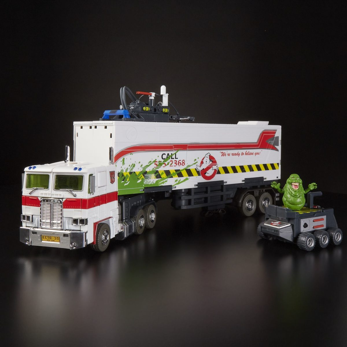 ghostbusters and transformers mash-up toy ectotron at sdcc
