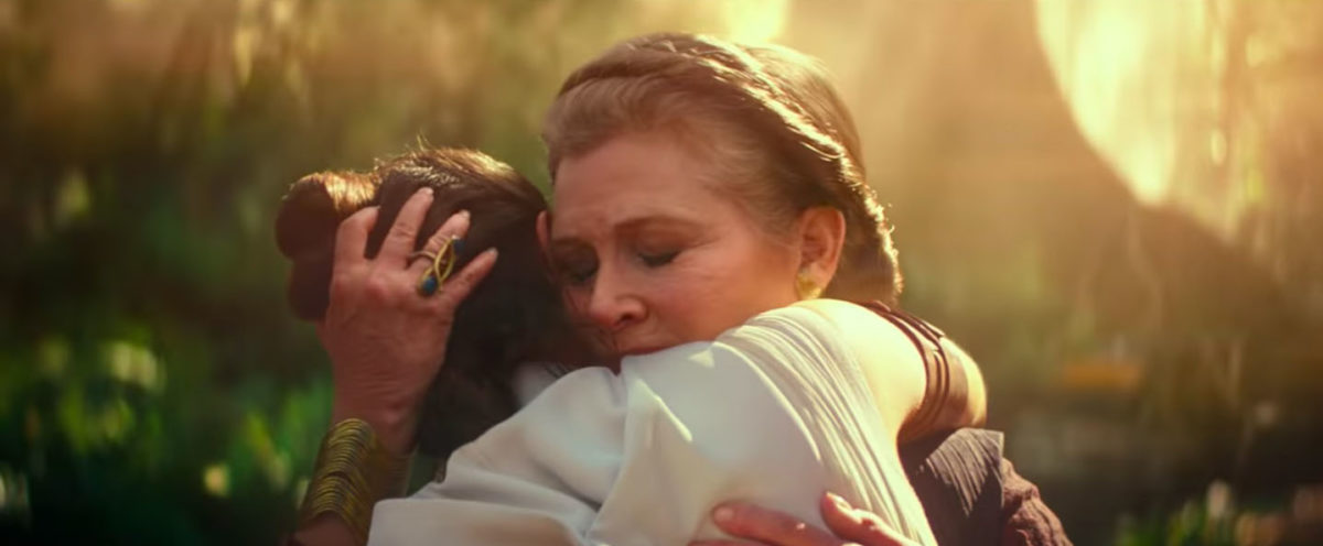 Rey and Leia hug in Star Wars: The Rise of Skywalker trailer.