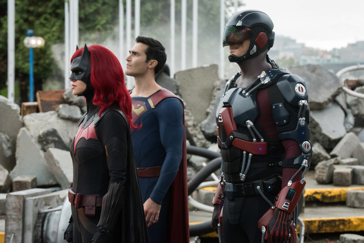 batwoman superman and the atom