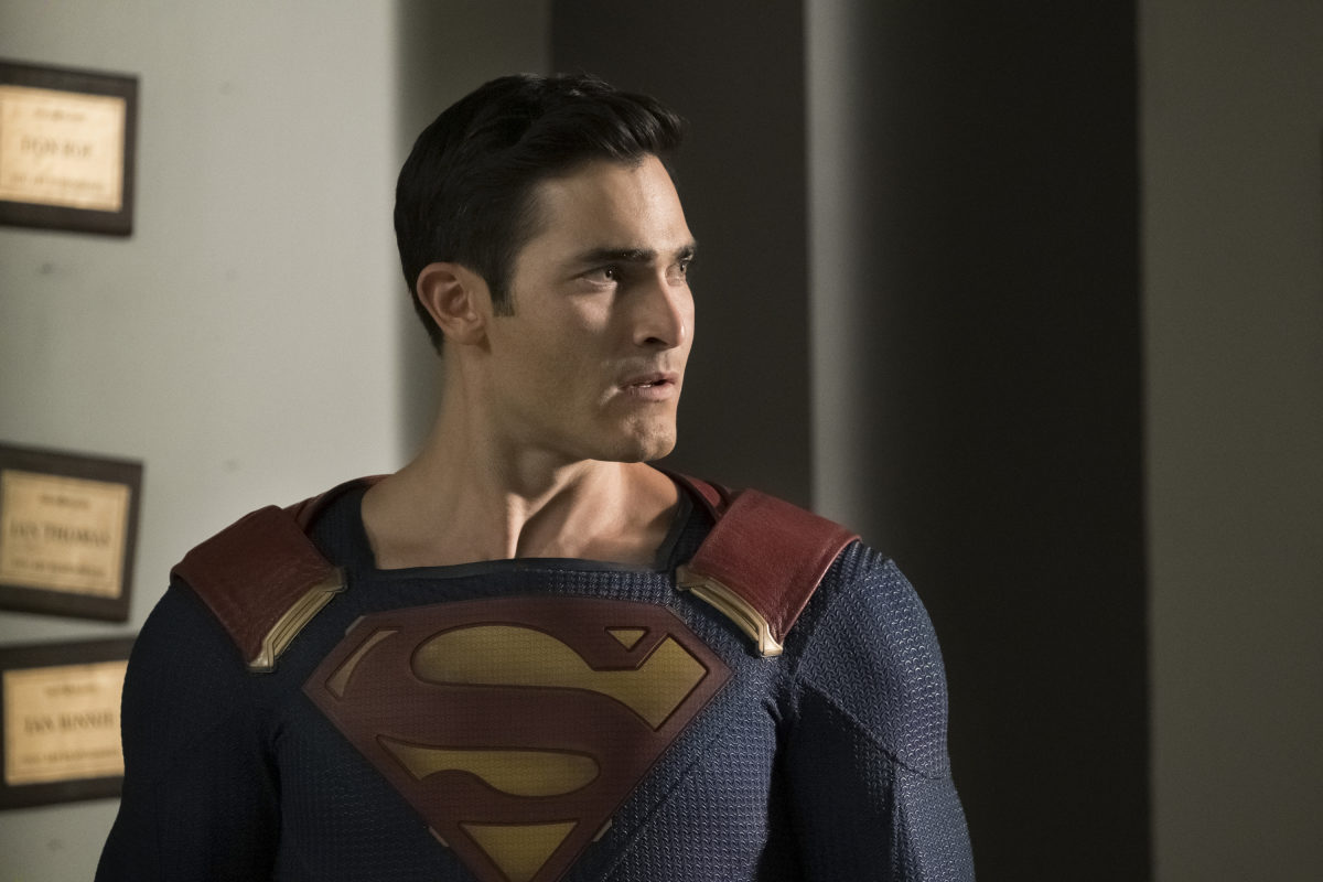 """Batwoman -- """"Crisis on Infinite Earths: Part Two"""" -- Image Number: BWN108d_0128.jpg -- Pictured: Tyler Hoechlin as Superman-- Photo: Katie Yu/The CW -- © 2019 The CW Network, LLC. All Rights Reserved."""