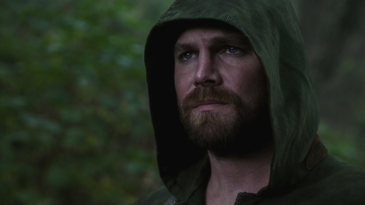 """The Flash -- """"Crisis on Infinite Earths: Part Three"""" -- Image Number: FLA609e_0002r.jpg -- Pictured: Stephen Amell as Oliver Queen/Green Arrow -- Photo: The CW -- © 2019 The CW Network, LLC. All Rights Reserved."""
