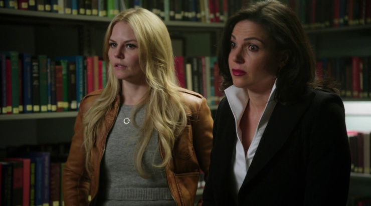 emma and regina in once upon a time