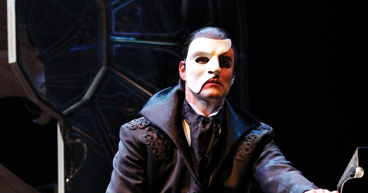 Ben Lewis as the Phantom in Love Never dies. Really Useful Group/screensot.