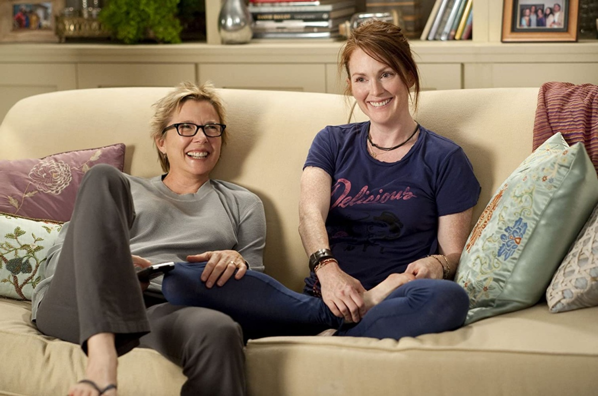 Julianne Moore and Annette Bening in The Kids Are All Right (2010)