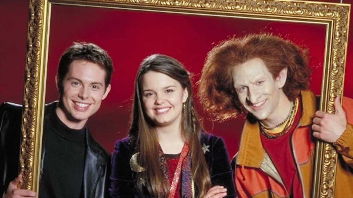 kal, marnie and Luke in Halloweentown 2: kalabar's revenge
