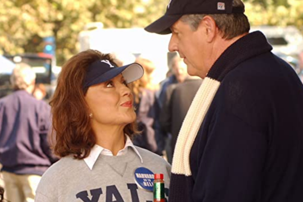 Edward Herrmann and Kelly Bishop in Gilmore Girls (2000)