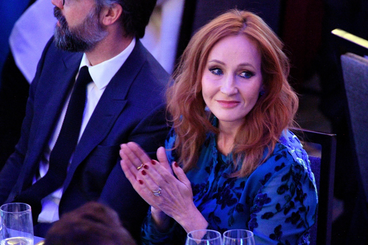 2019 RFK Ripple of Hope Awards NEW YORK, NEW YORK - DECEMBER 12: J.K. Rowling arrives at the 2019 RFK Ripple of Hope Awards at New York Hilton Midtown on December 12, 2019 in New York City. (Photo by Dia Dipasupil/Getty Images)