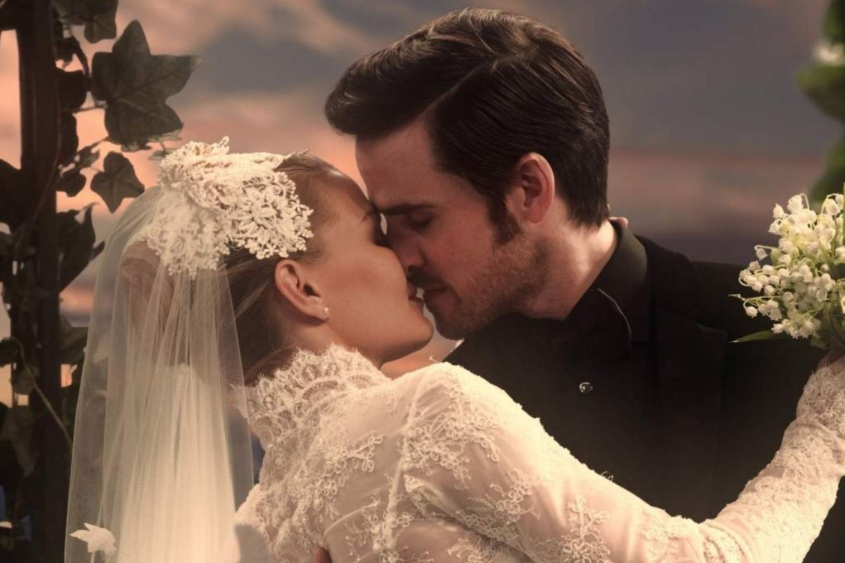 """Jennifer Morrison and Colin O'Donoghue in Once Upon a Time's """"The Song in Your Heart."""""""