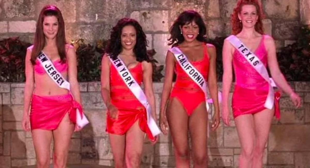 Pageant contestants in Miss Congeniality.