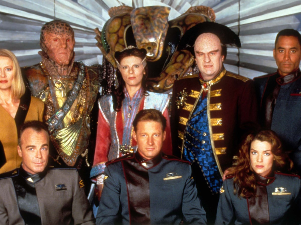 The cast of the original Babylon 5 poses together